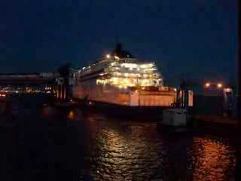 Hull Ferry Port >> P&O Pride of Rotterdam Ferry time lapse leaving Port of Hull - YouTube
