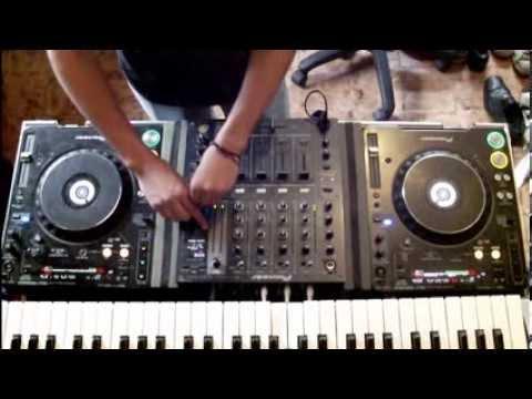 Gorillaz Feel good inc v.s Spaceman Trap remix (KL3IN)