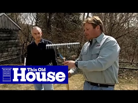 How to De-Thatch a Lawn - This Old House