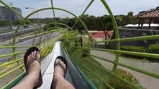 [暢遊沖繩] 浦添大公園溜滑梯實錄,對胖子來說好擠啊!