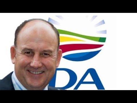 Nelson Mandela Bay Mayor Athol Trollip faces  vote of no confidence