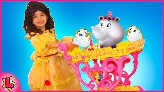 Laurinha Brincando com Carrinho de Chá Musical da Princesa Bela da Disney kid fun brinquedo criança