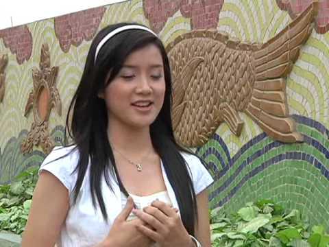 Miss Teen Xuân Mai ra Hà Nội để góp mặt trong Đêm Nhạc Hội AZ Night 2