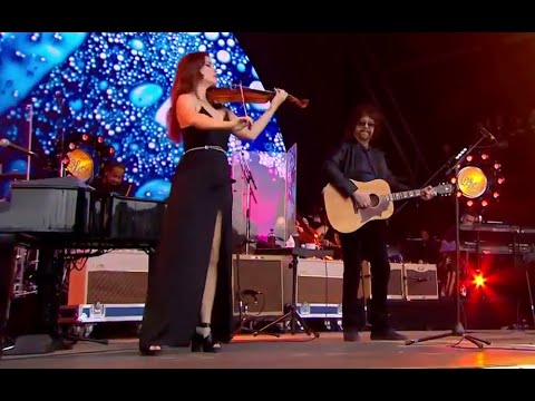 Livin' Thing Jeff Lynne's ELO Live with Rosie Langley and Amy Langley, Glastonbury 2016