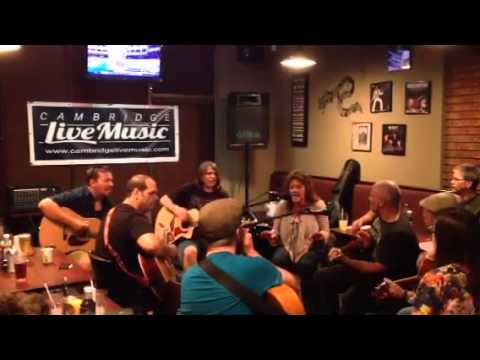 Cambridge Live Music MeetUp & Jam Session at M&M Bar and Grill August 2014