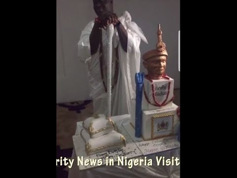 See Who Surprised The Ooni Of Ife, Oba Adeyeye On His Birthday That Got Him Emotional