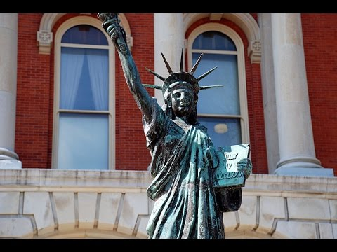 Are American Universities Too Politically Correct? Academic Culture & Diversity (1997)
