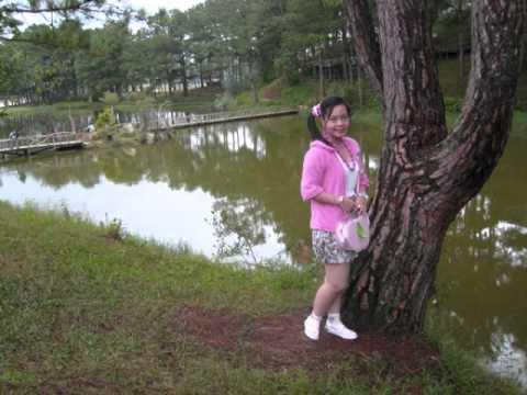 Thu Vân 12B9 Trường THPT Lưu Văn Liệt TP Vĩnh Long-là con gái thật tuyệt.wmv