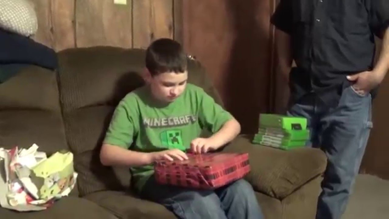 Awesome Christmas Presents Xbox One Games & Console Part 1 - YouTube
