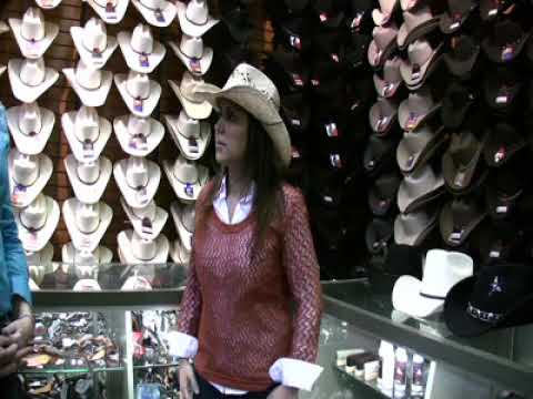 6c81efbf282ae How to pick and wear a cowboy hat - YouTube