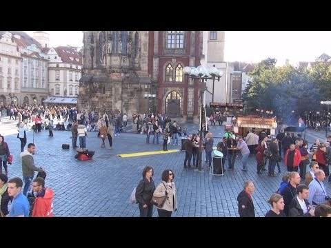 Sony HDR-TD30VE Outdoors test in Prague, Czech Republic in 3D Top to Bottom 50p