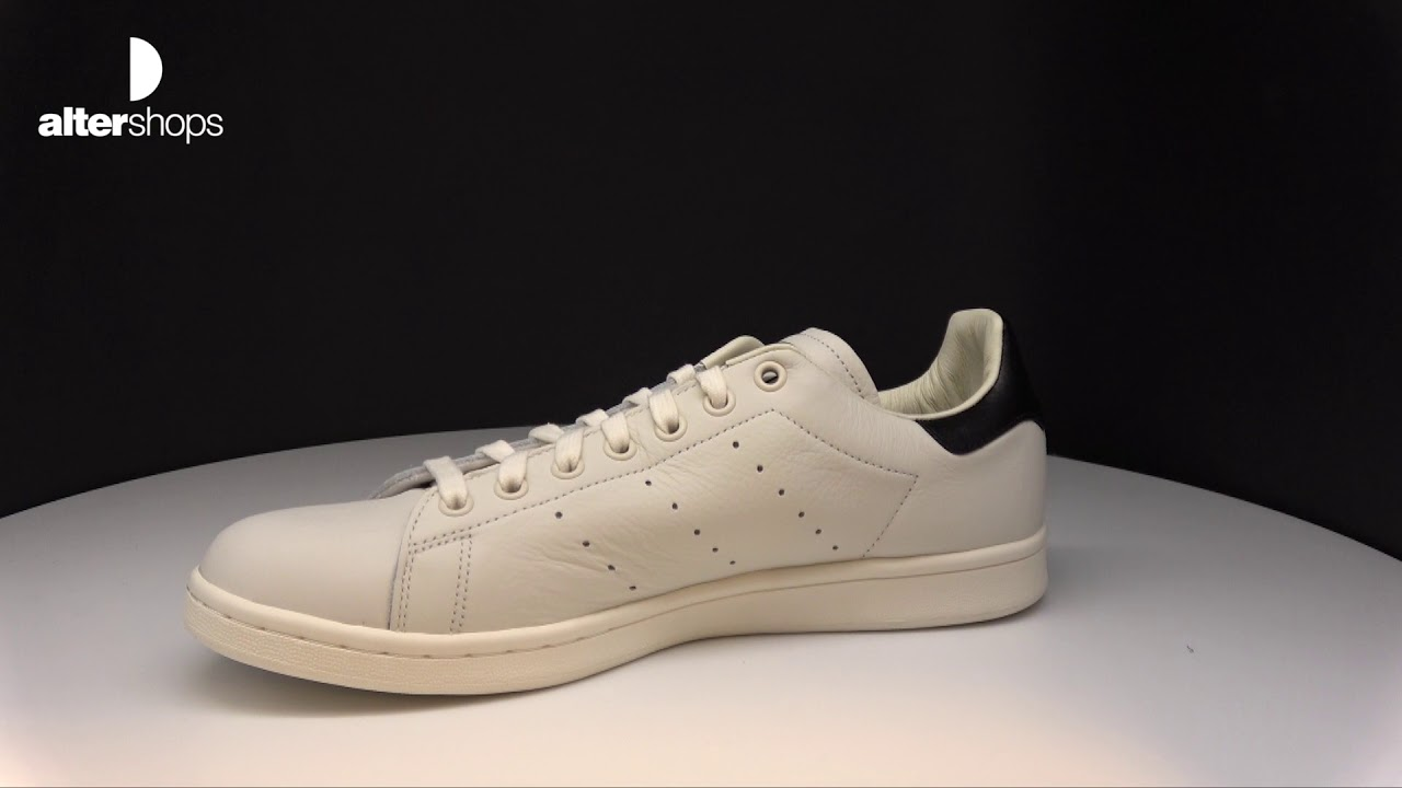 timeless design f9f7e 5f3f1 adidas Originals Stan Smith B37897