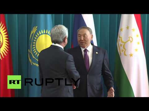 Kazakhstan: President Nazarbayev welcomes his CIS counterparts