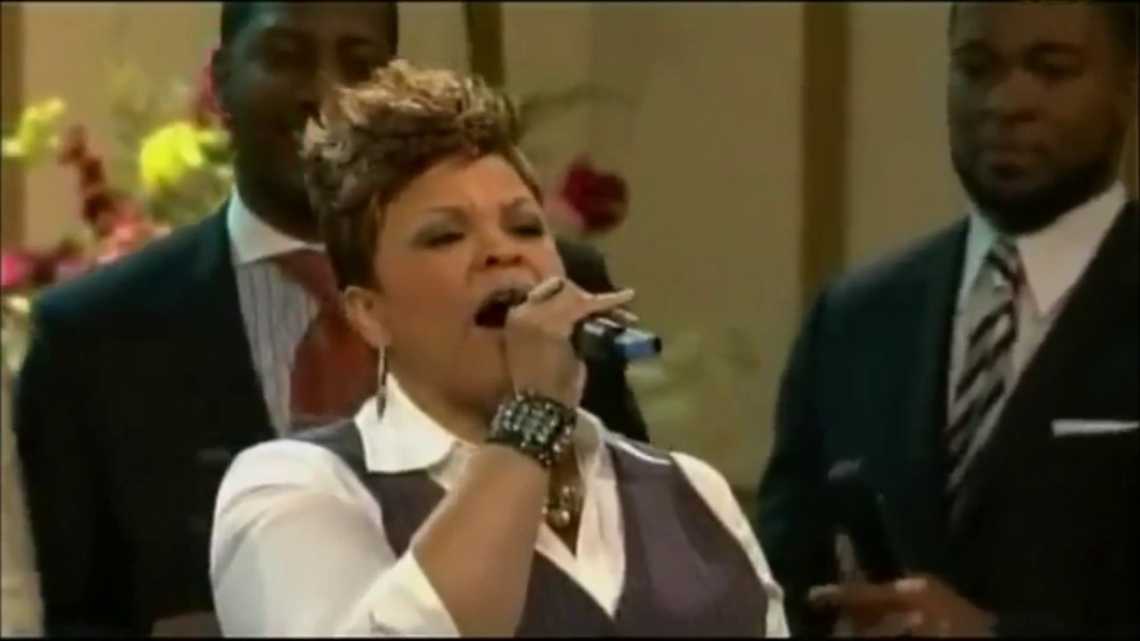 Giving God The Glory Praise Mix