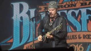 Jeff Martin 2016-03-27 John The Revelator at Byron Bay Bluesfest