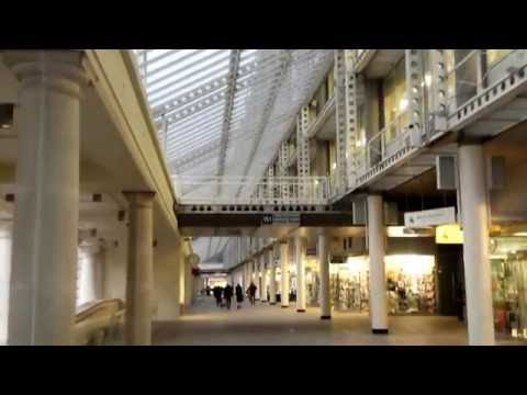 Colonnade Walk - between Victoria Train Station and Victoria Coach Station - London