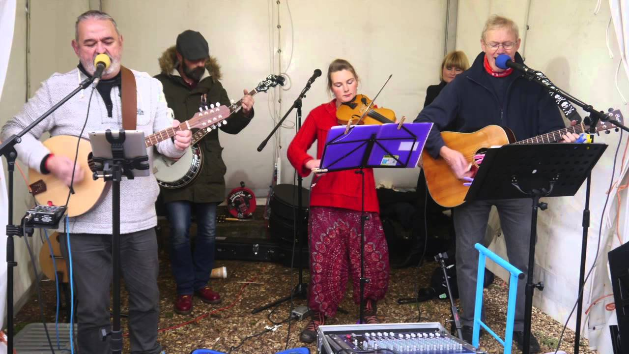 Live Music @ Fakenham Farmers Market, Fakenham Town Centre | The Fried Pirates play at Fakenham Farmers Market - great traditional and acoustic music | Music, market, folk, acoustic, farmer