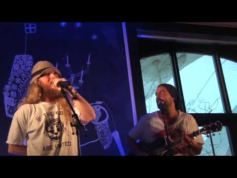 "SOL ""Say Hello"" (acoustic @ Republik, Stockholm June 20, 2011)"