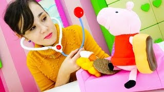 Игры для детей  с игрушками. Свинка Пеппа и аллергия на сладкое