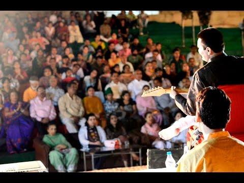 Art of Living Bhajans Satsang 'Humein Raston Ki Zarurat Nahi Hai ' - Nitin Dawar live