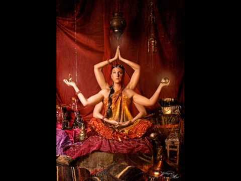 Shiva In Exil - Manju