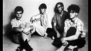 The Feelies - What Goes On