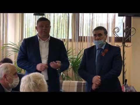 Вице-премьер Евгений Кабанов устроил публичную порку Роману Лукичеву?!