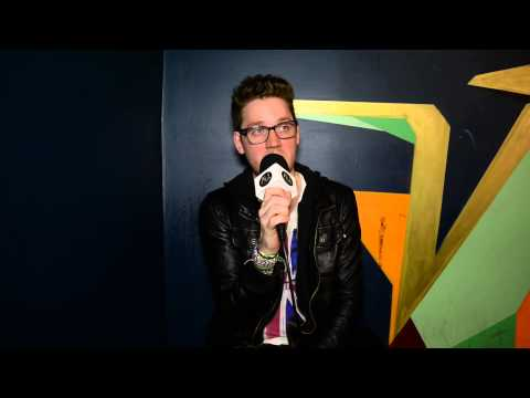 "Interview: Alex Goot (USA) on ""Wake Up Call"", moving to LA and Vegemite Challenge!"