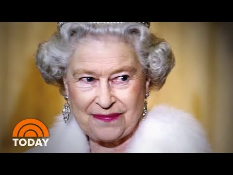 Queen Elizabeth's Dressmaker Has A Revealing New Book: A First Look | TODAY