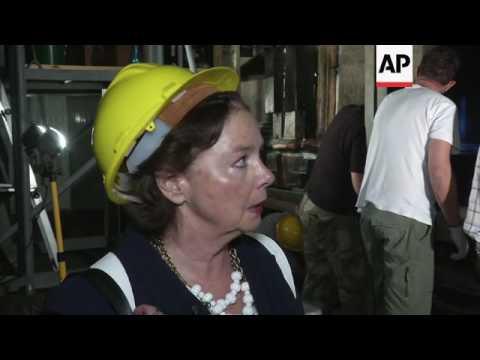Experts begin renovation of Jesus' tomb