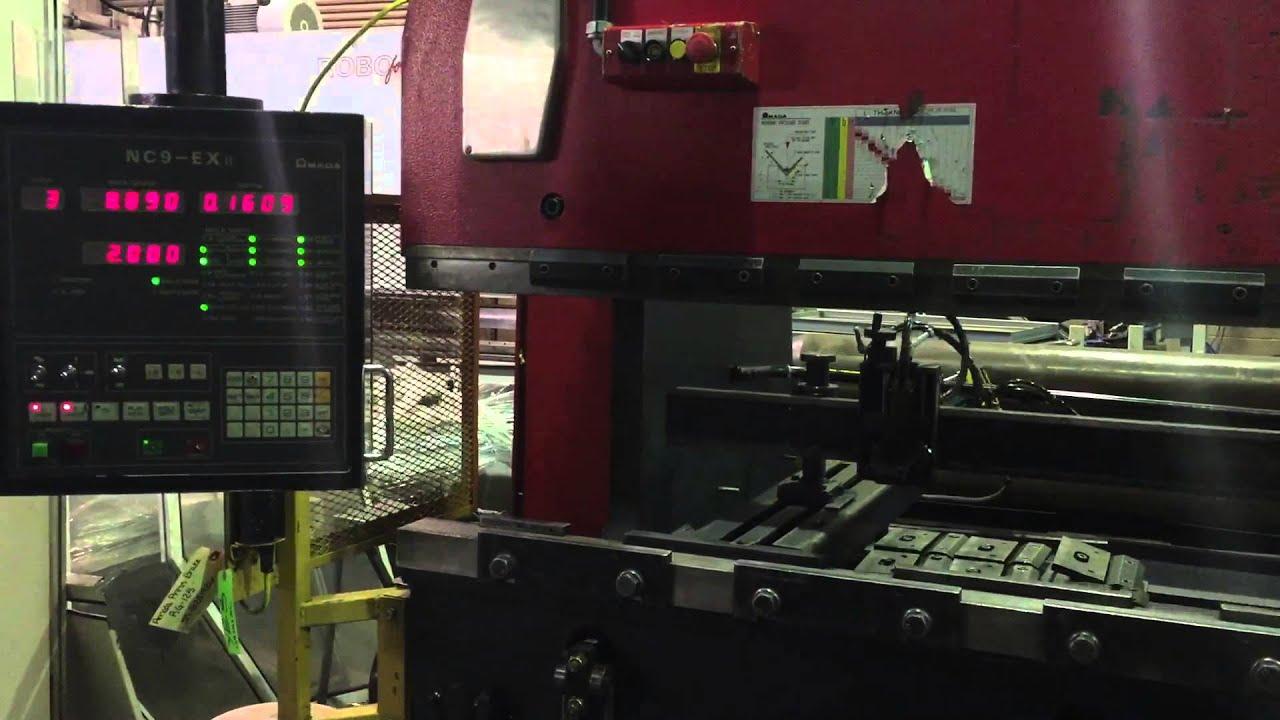 Amada RG-125 press brake