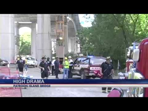 Construction worker rescued from under Patroon Island Bridge