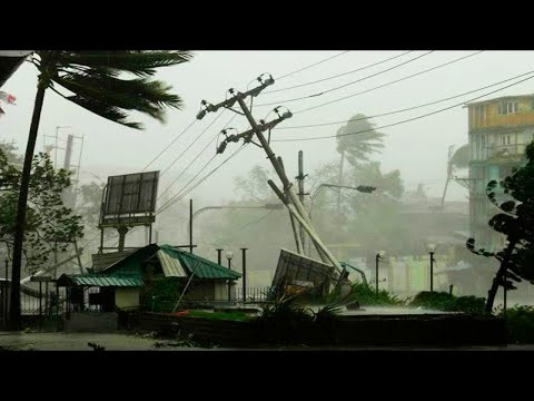 Tropical Storm Dolores, as strong as a Hurricane, hits Michoacan, Mexico