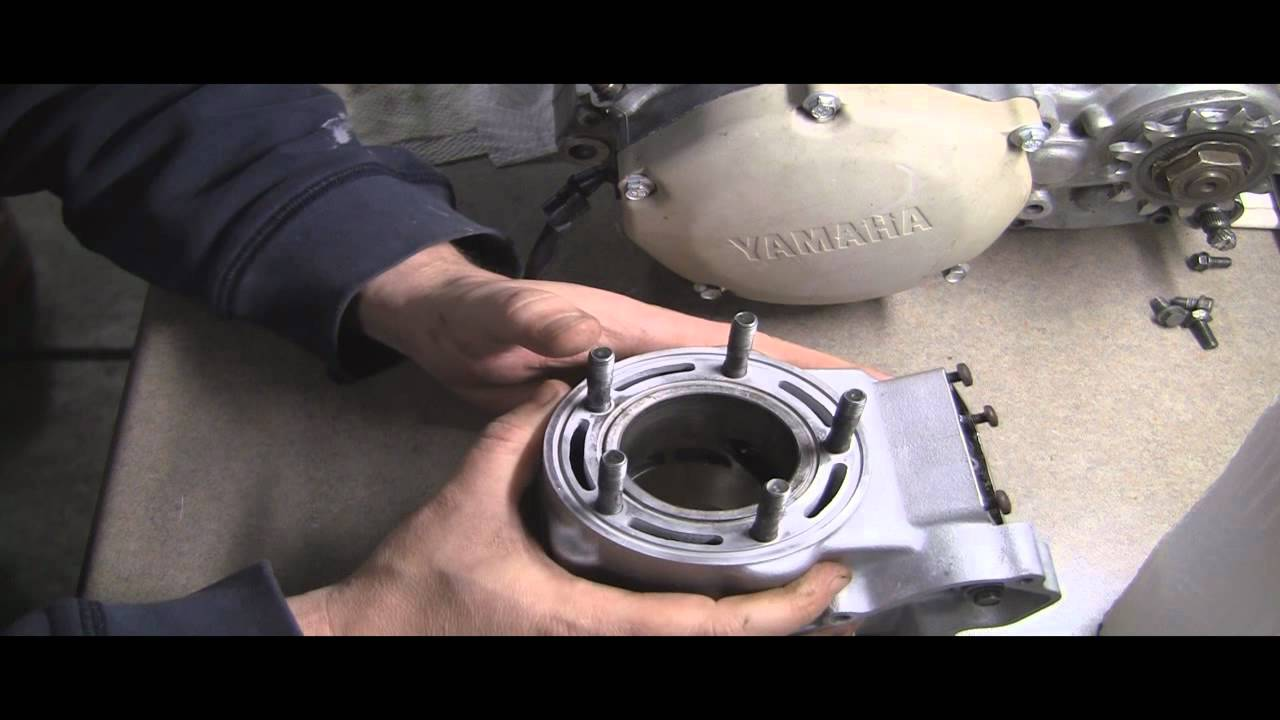 YZ125 Part 14: 2 Stroke Cylinder Repair (Not recommended Redneck Repair!)