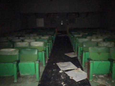 Awesome Abandoned Showcase Cinema With Equipment Left Behind!!!