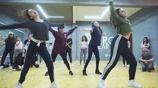 La mejor coreografía de reggaetón (Don chezina - marroneo