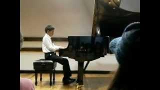 Leonardo Serrano toca Chopin en Concierto de Honor. Polonesa Militar op 40 no. 1.AVI