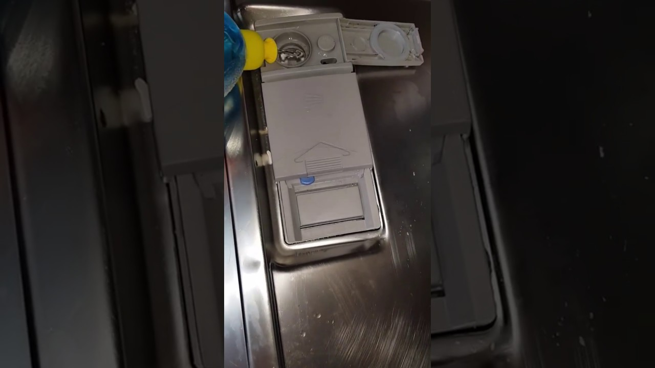 ajout liquide de rinçage dans un lave vaisselle bosch - youtube