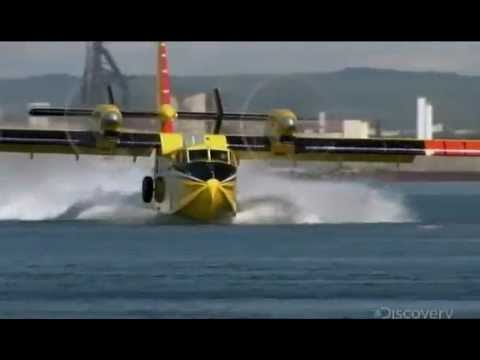 Fire fighting airplane working