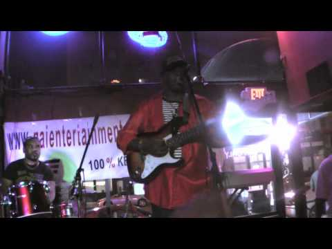 Mugithi Wa Rua-2010 U.S Tour Pt 2