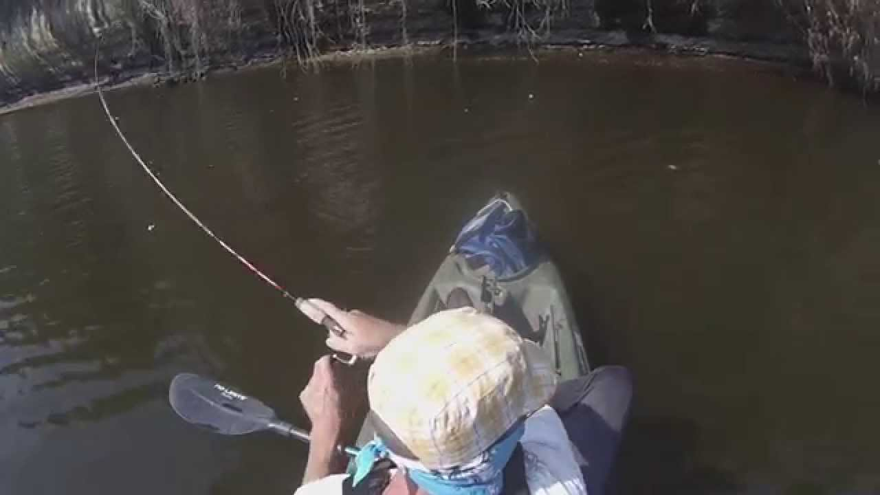 Kayak fishing the wall below lake whitney dam youtube for Lake whitney fishing