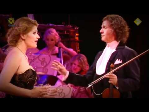 Mirusia Lowerse & Andre Rieu. Supercalifragilisticexpialidocious - Don't cry for my Argentina.