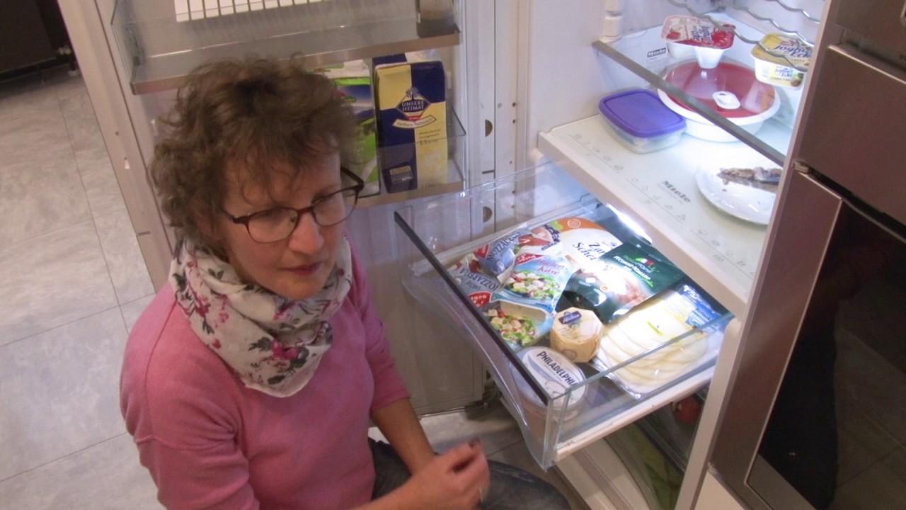 Siemens Kühlschrank Richtig Einräumen : Geppert erklärt die e welt kühlschrank einräumen youtube