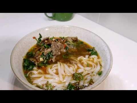 Vlog7在美国做一碗思乡的湖南米粉长沙米粉炒码粉辣椒炒蛋小炒牛肉猪骨高汤Hunan Rice Noodle