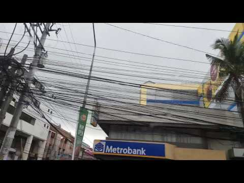 Super ugly electric cables in Manila, Philippines!