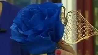 видео Как сделать бумажные цветы. Как сделать цветок из бумажной ленты