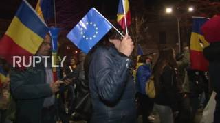 Romania: Anti-corruption demo continues to draw thousands in Bucharest