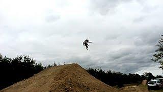 J'ouvre mon nouveau saut a 23 metres ca pique...(freestyle motocross) scummybraap518