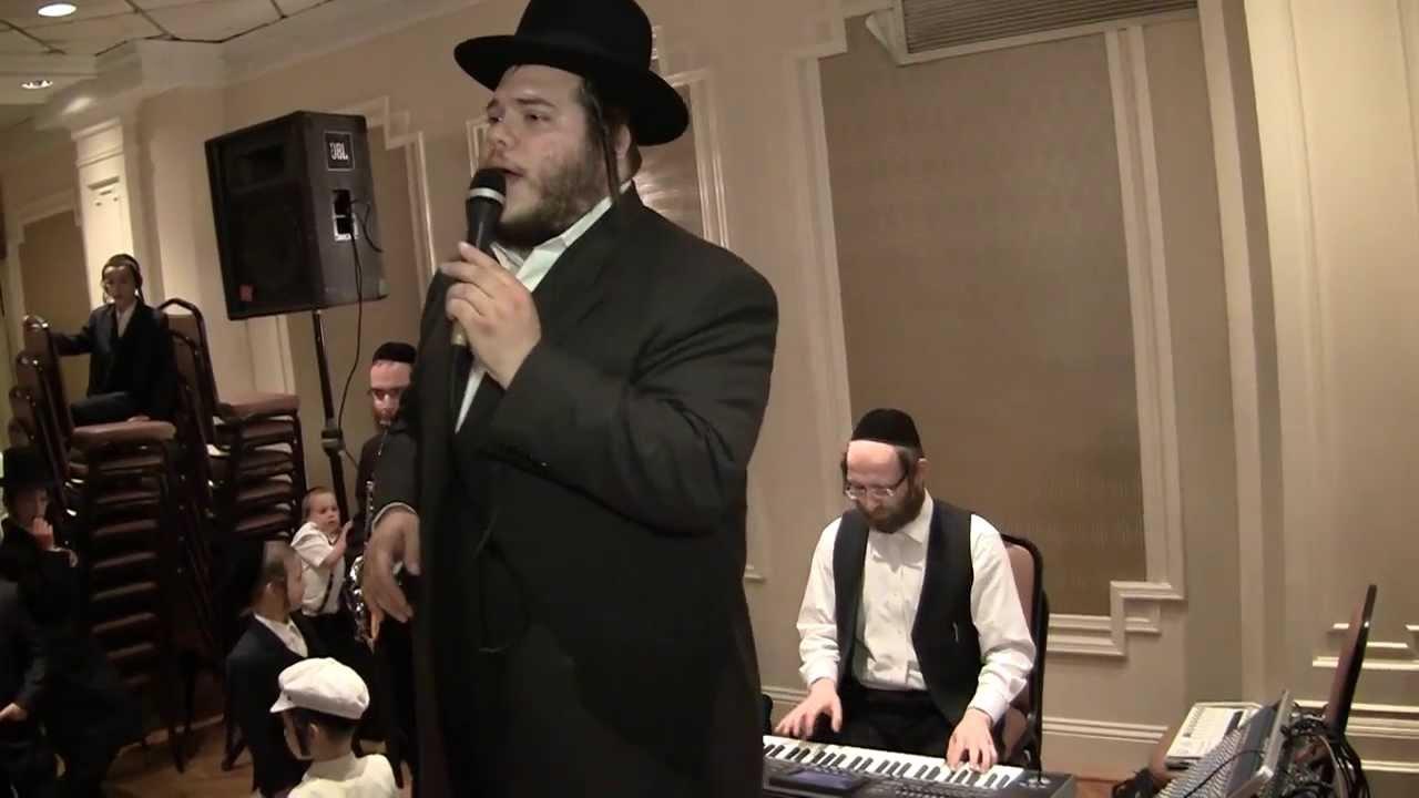 Levy Falkowitz Rocking A Wedding With Yossi Eidlisz YouTube