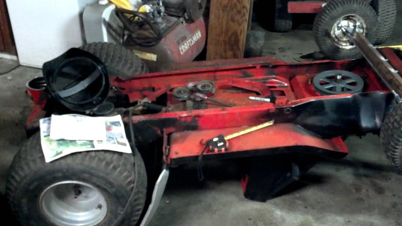 Race mower clutch